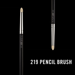 M.A.C 219 Pencil Brush review