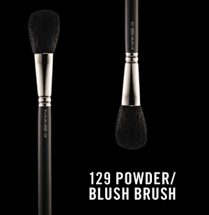 M.A.C 129 Powder/ Blush Brush review