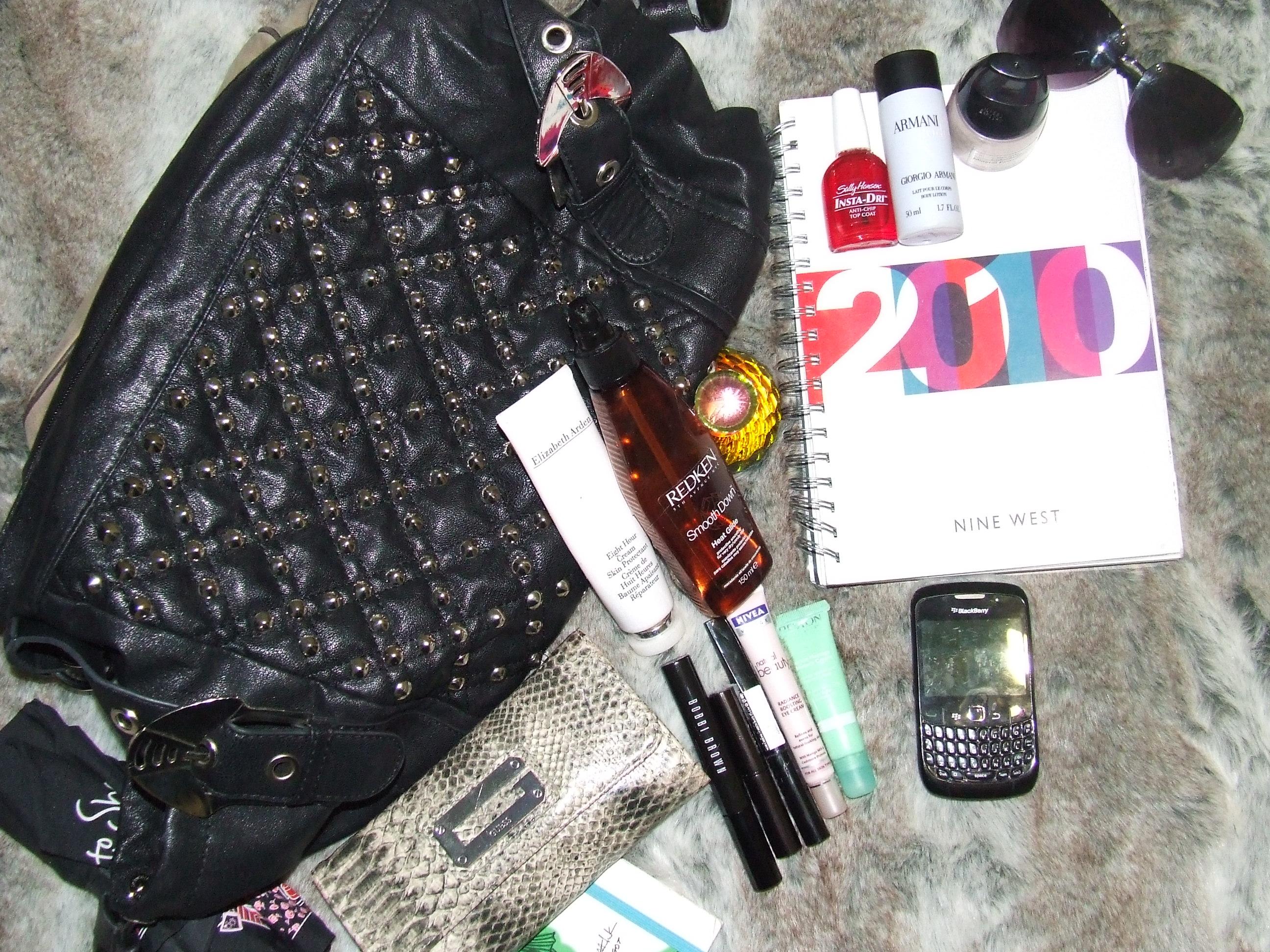 Inside the Fearless Fashionistas handbag