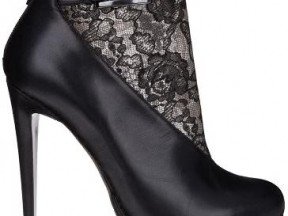 Shoe Porn &#8211; Nicholas Kirkwood Leather and Lace Booties