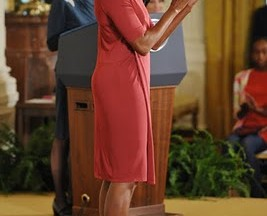 Michelle Obama sets a new &#8220;shoe trend&#8221;