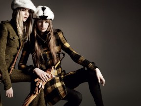 Burberry Autumn Winter 2011 Ad Campaign