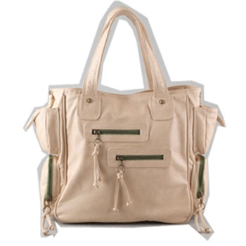 Kardashian Handbags on Kim Kardashian Spring Bag