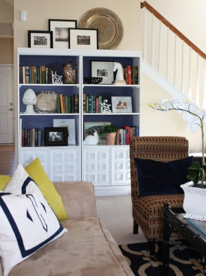 Decor Monday – Stylish Book Shelving