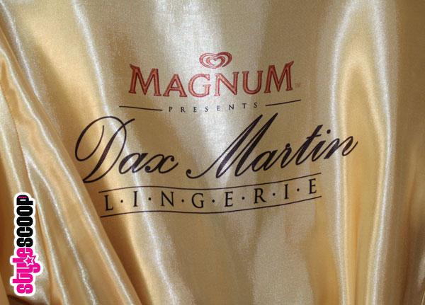 stylescoop-win-dax-martin-silk-gown-detail-logo