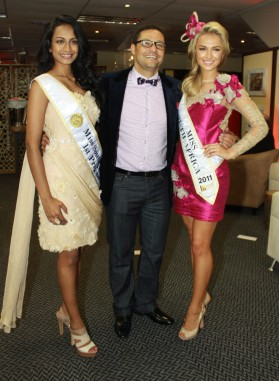 Miss SA First Princess Remona Moodley (left) Vodacom's Enzo Scarcella (centre) and Miss SA Melinda Bam (right)