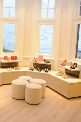 Let&#8217;s Shop! Take a Peek Inside Oscar de la Renta&#8217;s First London Store