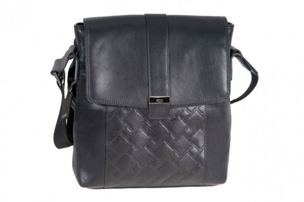 stylescoop-TUMI-Ticon-map-bag