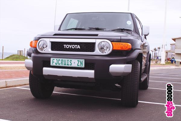toyota-fj-cruiser-front-1