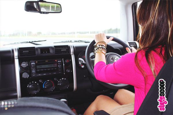 toyota-fj-cruiser-inside-driving