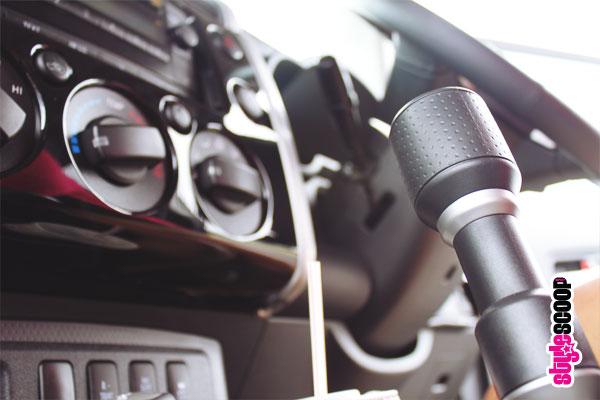 toyota-fj-cruiser-inside-gears