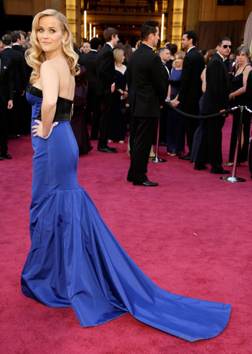 Reese Witherspoon Oscars Red Carpet 2013 Wearing Louis Vuitton - on www.stylescoop.co.za