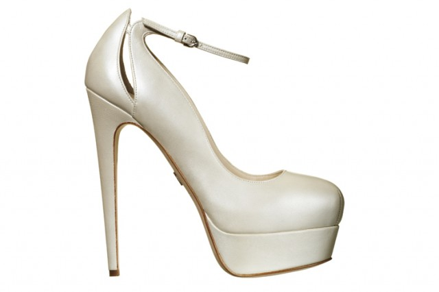 Walk Down The Isle With Brian Atwood