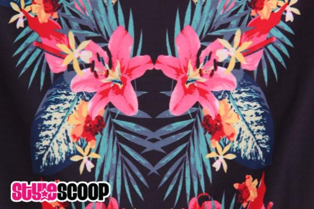 stylescoop-style36-sass-anna-caribbean-dress-detail