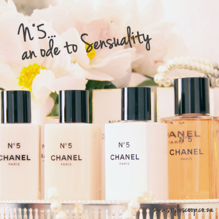Chanel  N°5 Christmas Toiletries Collection