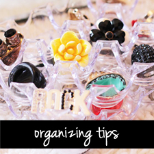 http://www.stylescoop.co.za/wp-content/uploads/2013/12/cat-tab-organizing1.jpg