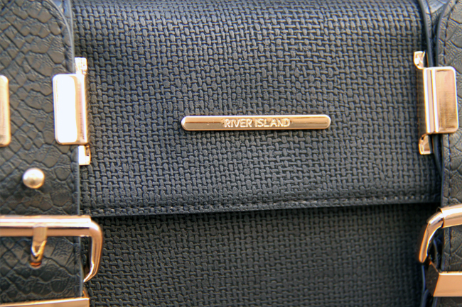 riverisland-cross-body-bag-detail