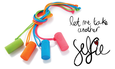 Q PIC Selfie Shooter/ Clicker - Details and Where to Buy on StyleScoop.co.za