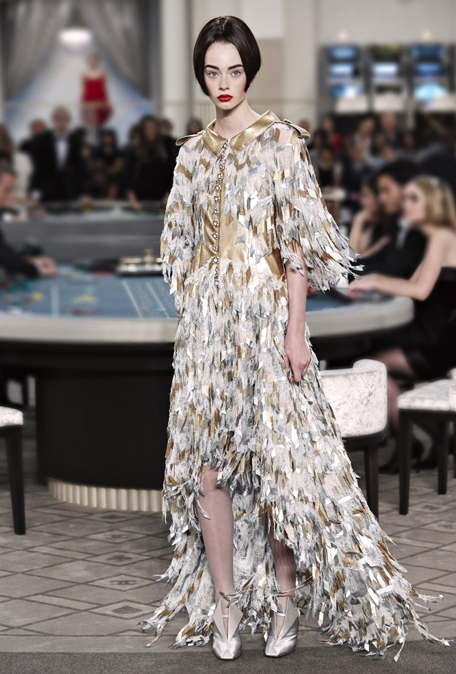 Chanel-Fall-Winter-2015-2016-Haute-Couture-3D-collection--39