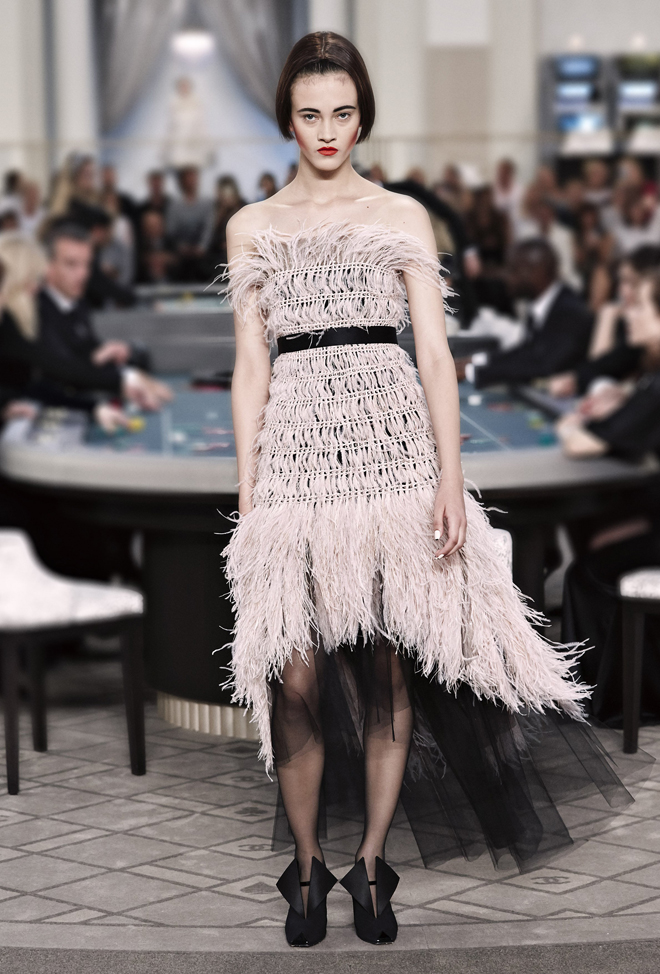 Chanel-Fall-Winter-2015-2016-Haute-Couture-3D-collection--45
