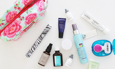 On The Go Beauty…. What's Inside My Travel Beauty Bag