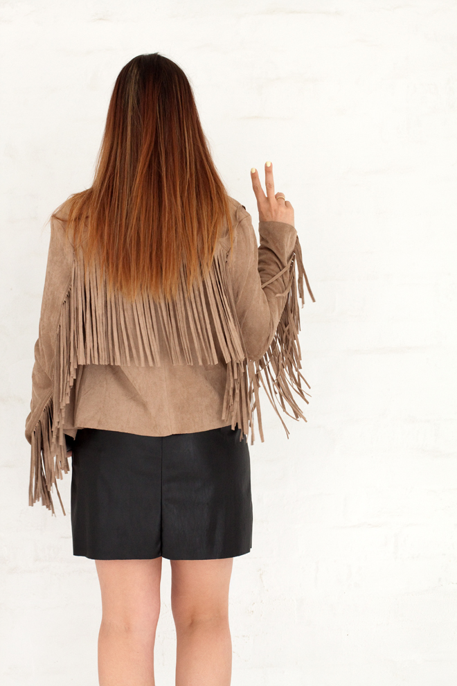 made-in-italy-suede-fringe-jacket-outfit-sur-reale-back