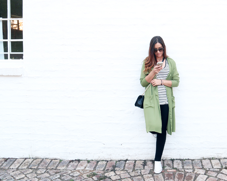 green-trench-outfit-ideas