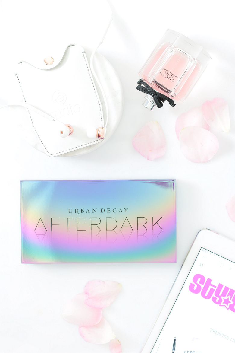 Review: Urban Decay Afterdark Eyeshadow Palette