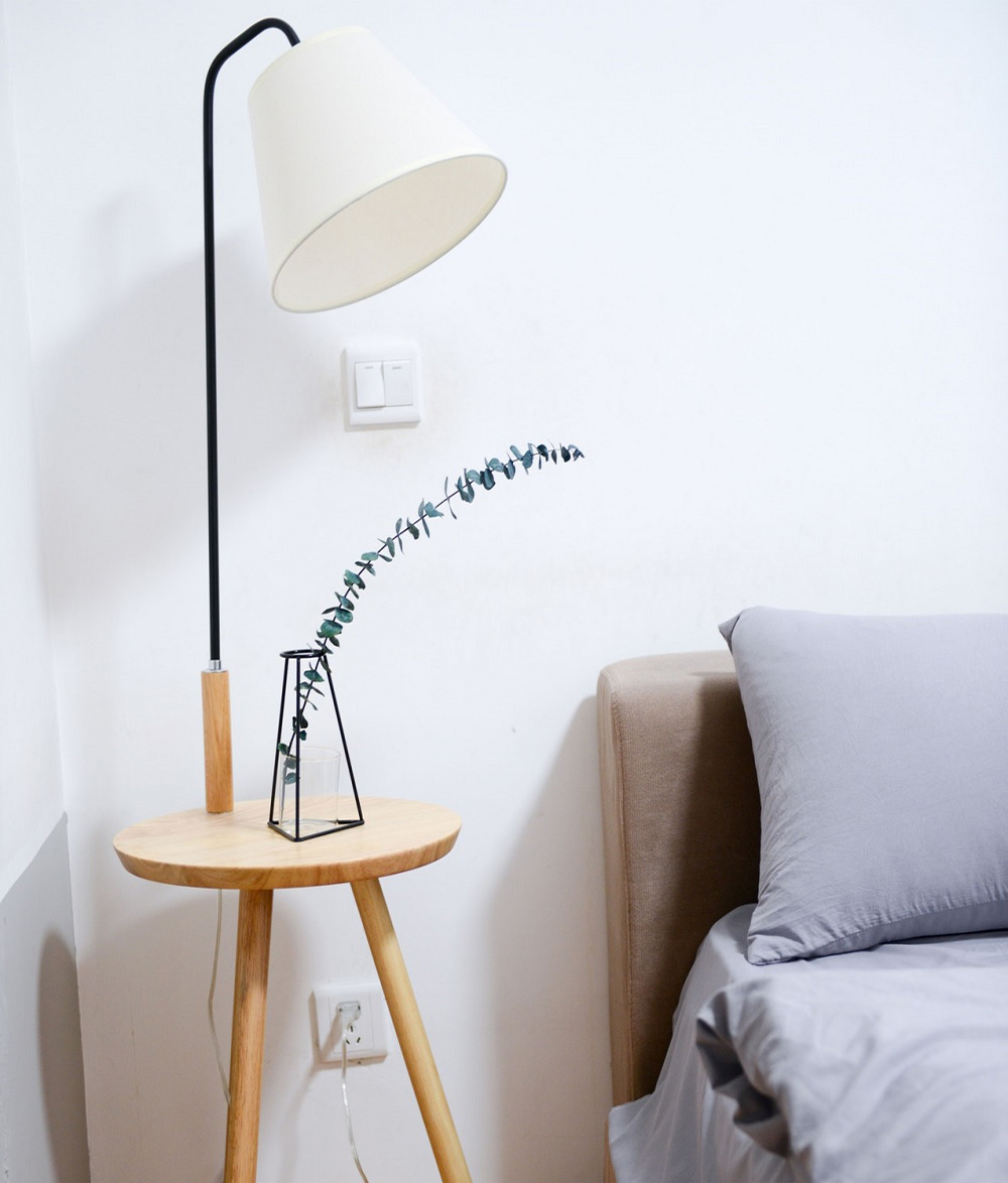 How to Style A rental Home with lighting