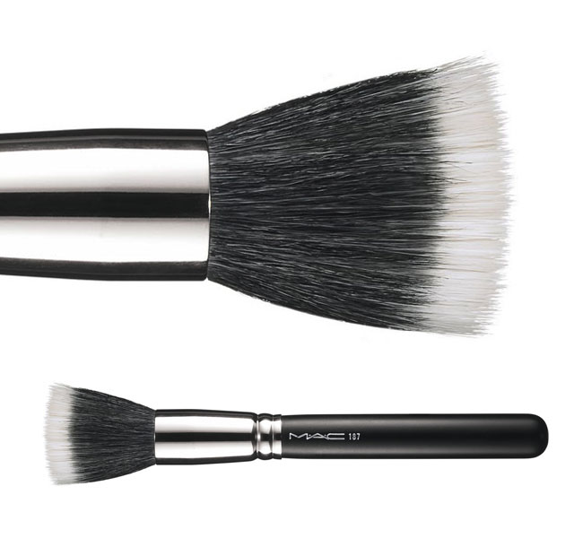 "BRUSHing up with M.A.C – The 187 ""Skunk"" Brush"