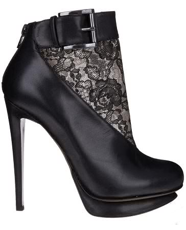 Shoe Porn – Nicholas Kirkwood Leather and Lace Booties