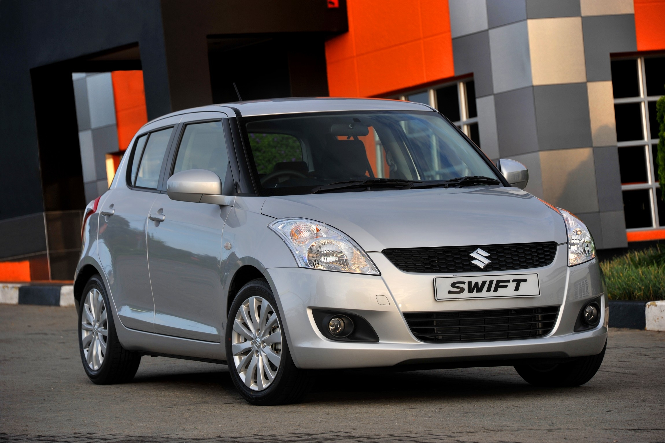Suzuki Swift GLS 2011
