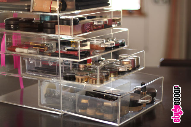 Store Your Makeup! Acrylic Makeup Organizer