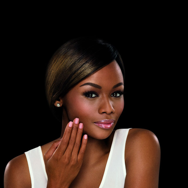 Beautiful Bonang Matheba Signs With Revlon