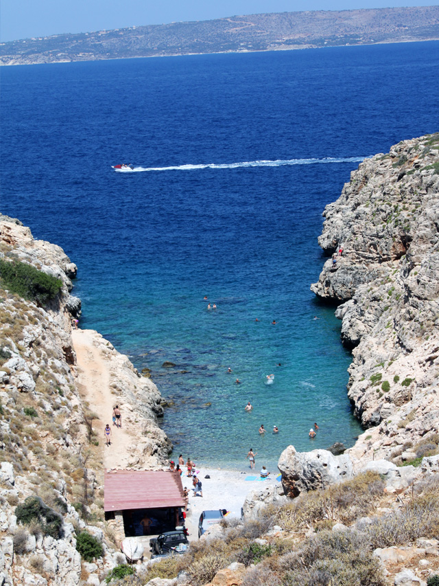 stylescoop-greece-crete-beach-koutalas