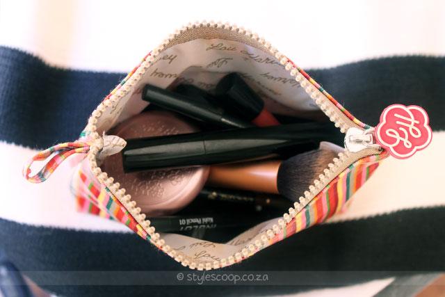 stylescoop-inside-my-makeup-bag-2