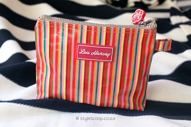 stylescoop-inside-my-makeup-bag-3