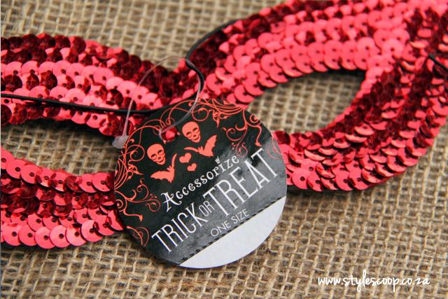 halloween-accessorize-trick-or-treat