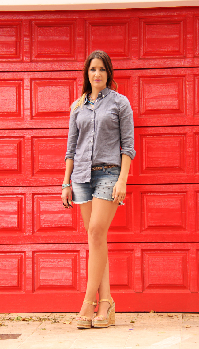 Casual Denim-on-Denim Outfit Post