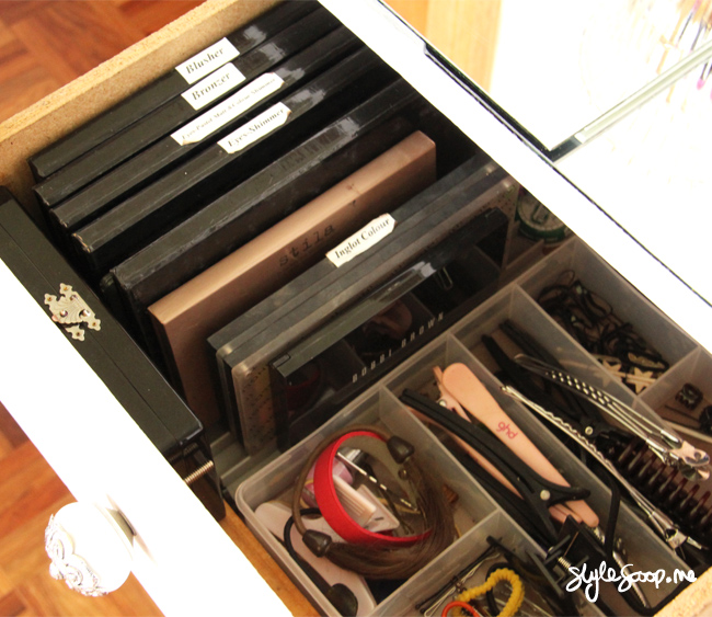 Dresser Details & Makeup Storage! Full tour on www.stylescoop.me