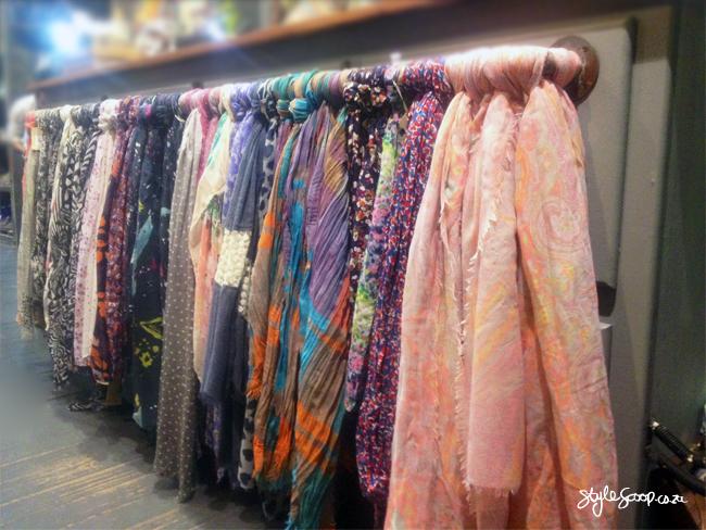 winter-old-khaki-2014-stylescoop-scarves