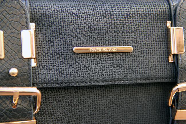 riverisland-cross-body-bag-detail