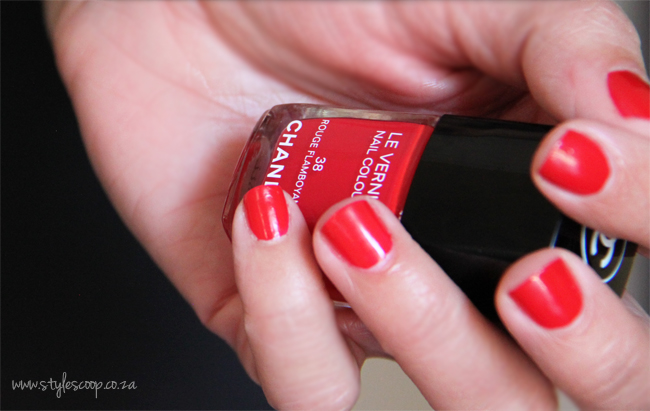 chanels-iconic-red-nail-polish-collection-38-rouge-flamboyant-2