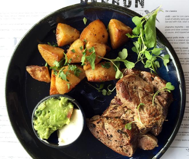 stylescoop-perron-sizzling-steak