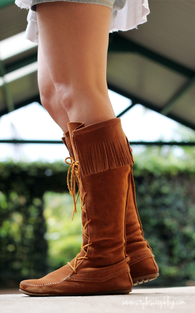 minnetonka-fringed-boot