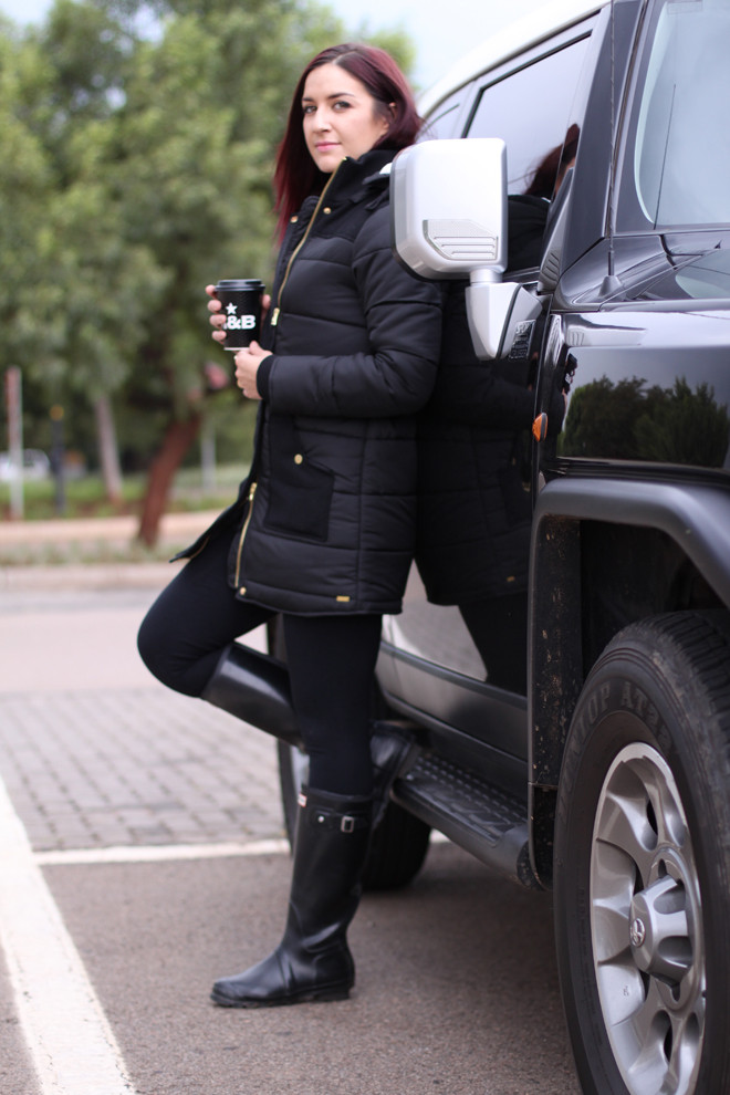 puffer-jacket-outfit-stylescoop-1
