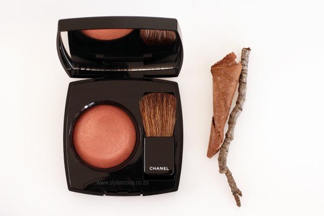 chanel-autumn-winter-2015-2016-makeup-collection-review-creation-exclusive-entrelacs-blush-complexion-JOUES-CONTRASTE-Alezane