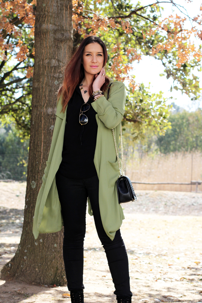 green-military-trench-outfit-ootd-2