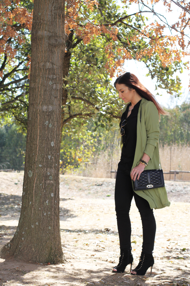 green-military-trench-outfit-ootd-3