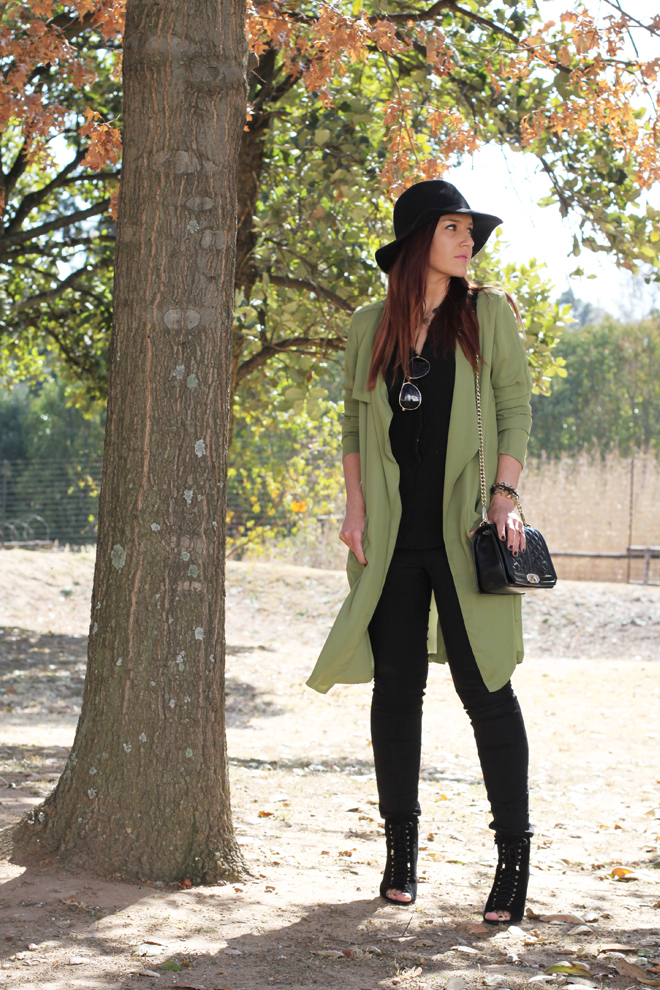 green-military-trench-outfit-ootd-4